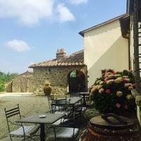 Photo taken at Villa Campestri - Olive Oil Resort by Eric R. on 7/22/2017