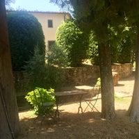 Photo taken at Villa Campestri - Olive Oil Resort by Eric R. on 7/23/2017