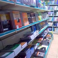 Photo taken at مكتبة القانون و الاقتصاد by Royan M. on 2/26/2014