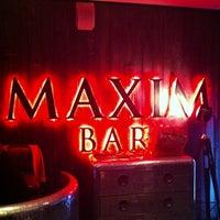 Снимок сделан в Maxim Bar пользователем Roman B. 5/4/2013
