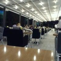 รูปภาพถ่ายที่ Marbella Restaurant & Bistro โดย Adil Y. เมื่อ 7/13/2013