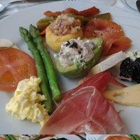 Photo taken at Restaurante Azorín by Any E. on 9/22/2016