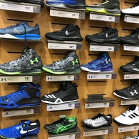 Photo taken at DICK'S Sporting Goods by Phillip E. on 2/25/2017
