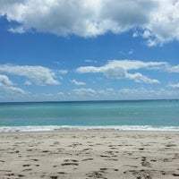 Photo taken at Hollywood Beach Boardwalk by αℓєʝαи∂яσ н. on 5/5/2013