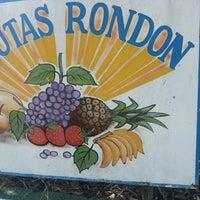 Foto tirada no(a) Frutas Rondon por Diego N. em 5/11/2013