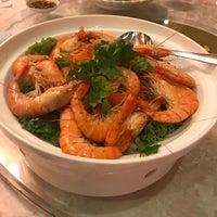 Photo taken at Restoran Hai Thian by @MiLϒ on 10/28/2017