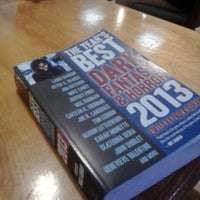 Photo prise au BookPeople Cafe par Joe T. le12/18/2013