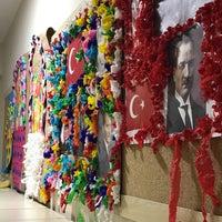 Photo taken at Tepebaşı Belediyesi 23 Nisan Çocuk Sanat ve Kültür Merkezi by Emine Ö. on 1/11/2018