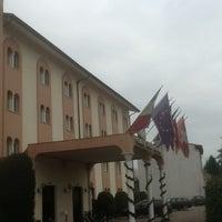 Foto scattata a Grand Hotel Guinigi da Fionnulo B. il 1/5/2013