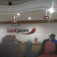 Photo taken at Bank Jatim by Savitri A. on 9/23/2013