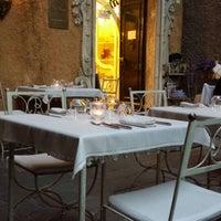 Снимок сделан в Rêve Café & Restaurant пользователем Glory 6/21/2014