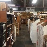 Photo taken at Wally's Wine & Spirits by Sherra Victoria B. on 3/11/2016