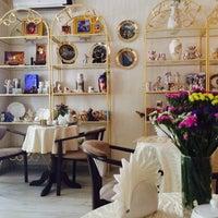 Photo taken at Zavida Coffee by Anna V. on 7/10/2014
