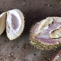 Photo taken at Bajigur Durian Asoy by Ting on 1/7/2018