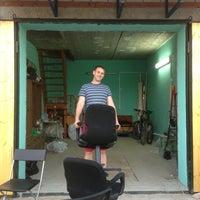 Photo taken at гараж у Авила by Maxim L. on 5/17/2013