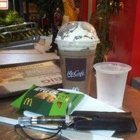 Photo taken at McDonald's by ΩMRiBΩΨ™ B. on 2/2/2013