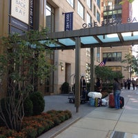 Photo taken at Loews Boston Hotel by Возрождение М. on 9/29/2013