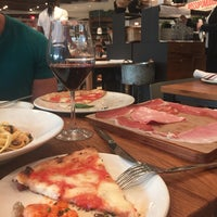Photo taken at La Pizza & La Pasta @ Eataly by Andrea B. R. on 5/1/2017