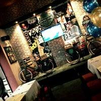 Foto tomada en Saxo Pub Gourmet por Fabian O. el 6/20/2014