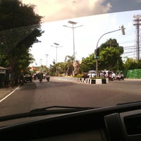 Photo taken at Jalan By Pass Ngurah Rai by Mira G. on 5/12/2013