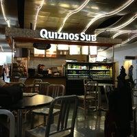 Foto scattata a Quiznos da Alberto J S M. il 5/15/2013