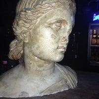 2/25/2014にAhmet E.がKing Barで撮った写真