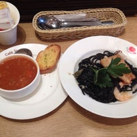 Photo taken at Italian Tomato Café Jr. by Pearl W. on 5/7/2014