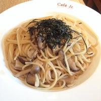 Photo taken at Italian Tomato Café Jr. by Pearl W. on 9/30/2013