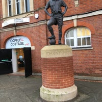Photo taken at The Johnny Haynes Statue by Mervyn D. on 12/12/2017