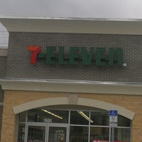 Photo taken at 7-Eleven by Tim L. on 8/22/2013