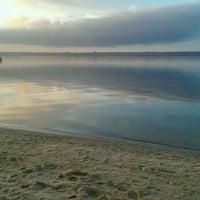 Foto tomada en Пляж в Октябрьском por Tannie P. el 12/11/2016