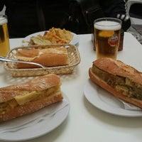 Foto tomada en Bar Alhambra por Jorge C. el 11/9/2012