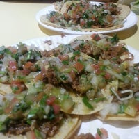 Photo taken at Tacos Uruapan by Stephanie F. on 3/20/2013