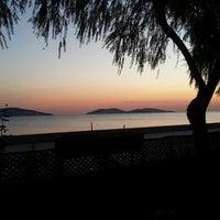 9/21/2013 tarihinde Muhtesem K.ziyaretçi tarafından Palmiye Cafe'de çekilen fotoğraf