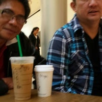 Photo taken at Starbucks by Mabelyn M. on 2/28/2014