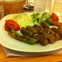 Photo taken at Rumeli İşkembecisi by Deniz Tanilir on 12/22/2012