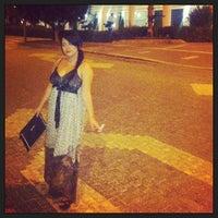 Das Foto wurde bei Beluga Bar Karma Sky Lounge von Deniz Tanilir am 8/22/2013 aufgenommen