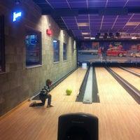 Photo taken at Bowling-Taverne Het Fort by Davida D. on 9/27/2013