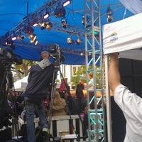 Photo taken at ExtraTV at The Grove by Bryanna R. on 5/7/2013