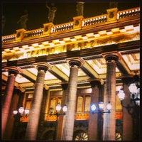 5/26/2013 tarihinde Ana G.ziyaretçi tarafından Teatro Juárez'de çekilen fotoğraf