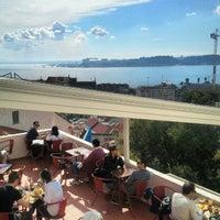 10/20/2012에 Jorge N.님이 Noobai Café에서 찍은 사진