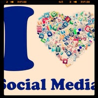 Photo taken at Social Media Services by mascha S. on 11/13/2013