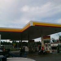 Photo taken at Shell Kampung Merang by Monuha 9. on 5/18/2013
