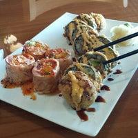 รูปภาพถ่ายที่ Sushi Itto โดย Eboni P. เมื่อ 9/13/2013