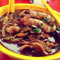 Photo taken at Restoran Yu Ai (友爱海鲜粉) by Kelly Y. on 5/1/2013