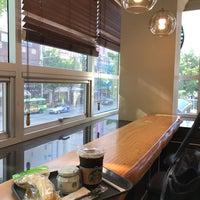 Photo taken at Starbucks by SunUk on 5/21/2017