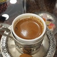 Photo taken at Tuğba Kuruyemiş by Yusuf E. on 3/17/2015