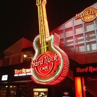 Photo taken at Hard Rock Cafe Tokyo by Bigmac E. on 7/30/2013