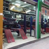 Photo taken at Speedy auto service and Whas+wax by Gökay  {AutoClub Kavacık} on 12/12/2013