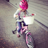Photo taken at Mike's Bikes of Sausalito by Jennifer C. on 7/9/2014